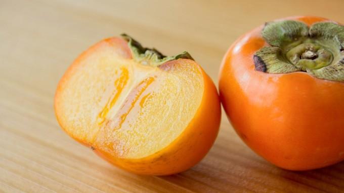 綺麗な柿の画像