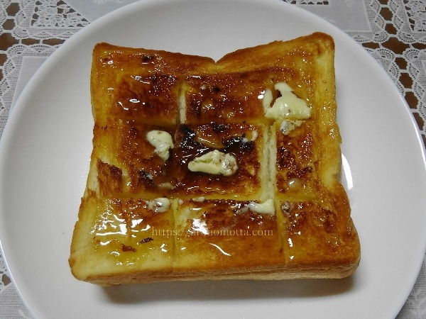 高級生食パンのがみを焼いた画像