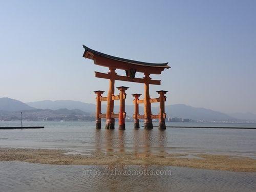 宮島厳島神社の鳥居の画像