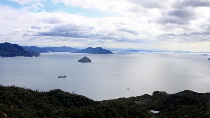 瀬戸内海の島の画像