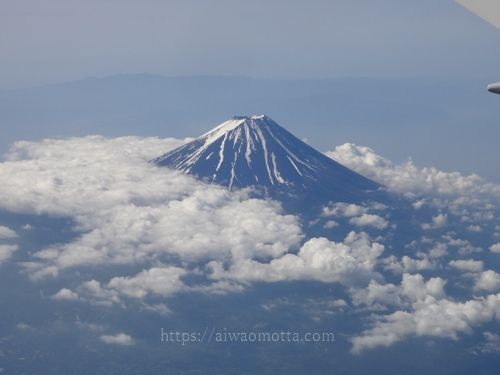 JAL国内線飛行機から見た富士山の画像